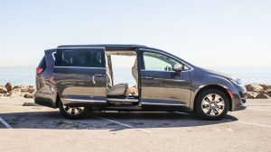Minivan car hire in Moraira